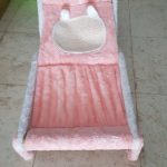 time to relax in my beach bed pink