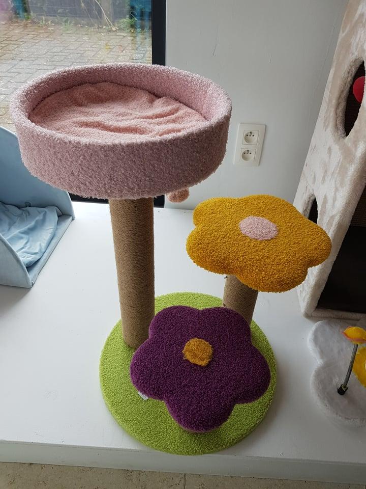 kittenpaal flower tower
